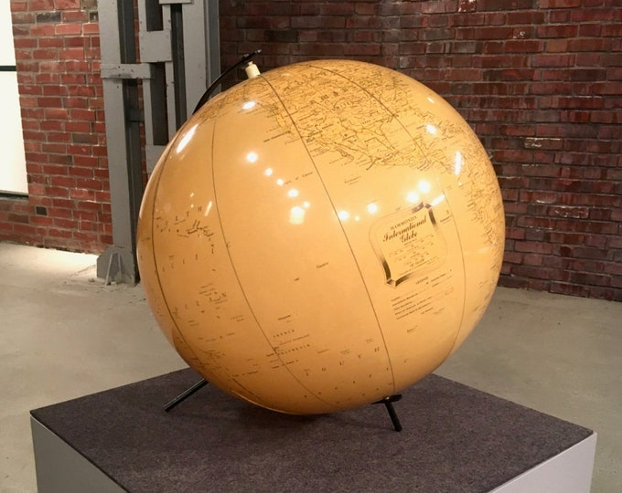 Plastic Globe-Inflatable-Copyright by C.S. Hammond & Co. N.Y.-50s-World Ball-Globe-World-Industry Design