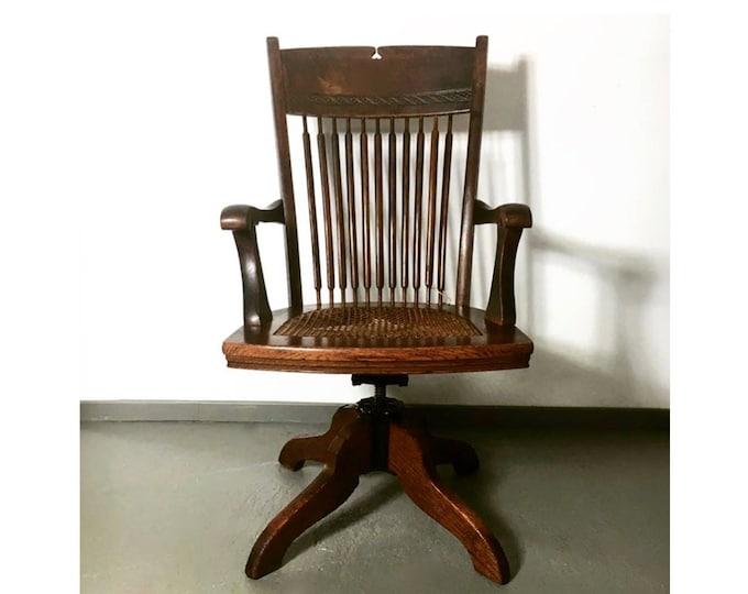 "1920er/30 desk chair massive oak from ""Ford Johnson & Co. Chicago""-swivel chair-height adjustable antique-armchair-Art Deco"