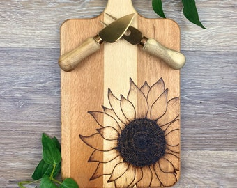 Sunflower Cutting Board, Beechwood, Wood Burned Paddle Cutting Board, Floral Country Décor