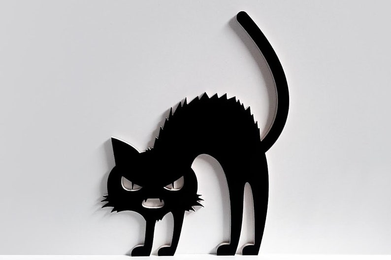 Wooden Halloween Cat image 0