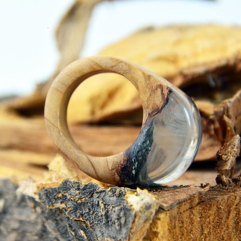 Alternative Enagagement Ring,Anniversary Gift for Couples,Wood and Epoxy Ring,Smoky Pendant,Handcraft Wood Ring,Mens Ring,Husband Ring