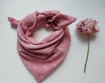 Enchanting muslin cloth in pink with teepees for tying