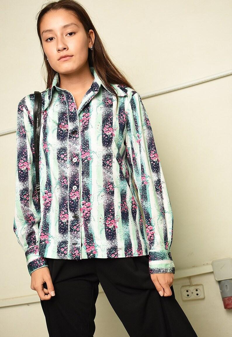 Vintage 70s retro Mod floral print shirt top