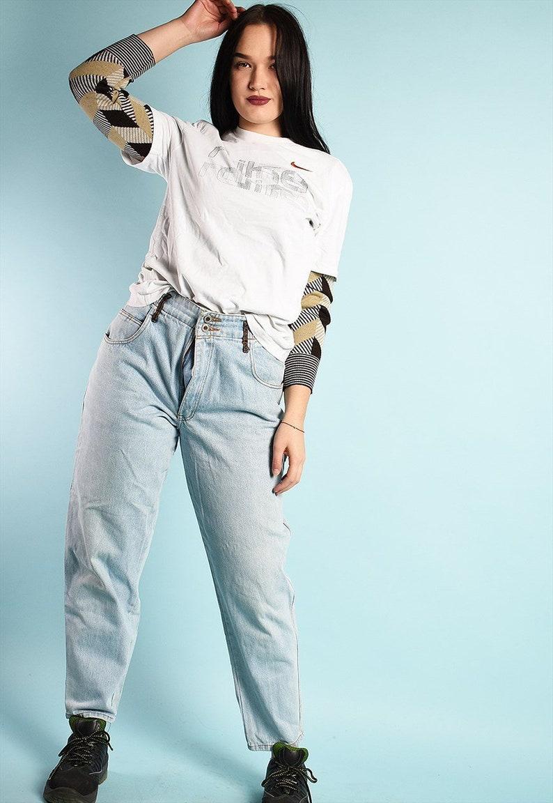 Vintage 90/'s retro highwaisted denim jeans in blue