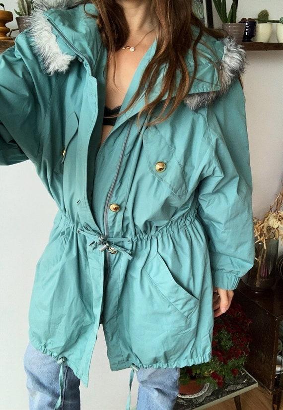 Vintage 80s Egshell mountain wear ski jacket coat