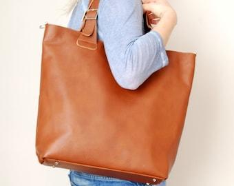 3b327ce3dc2c2 Large camel leather bag