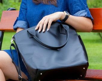 32a1fd97e52db Huge genuine black leather bag