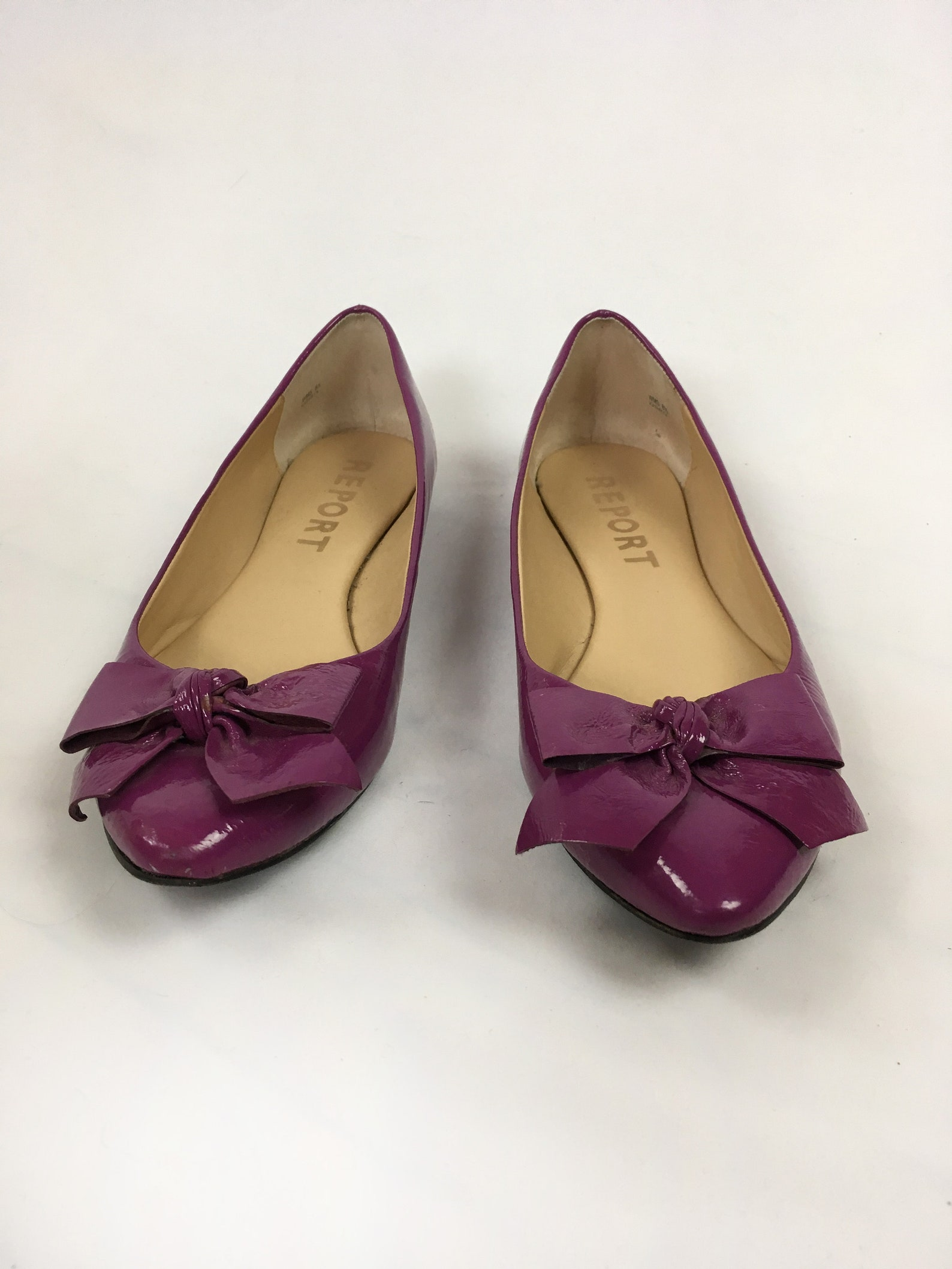 womens purple patent leather shoes / ballet flats report / slip ons shoes / size 8.5