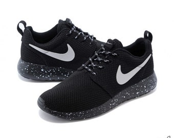 7c8d98657a259 ... greece nike roshe run black with white speckle oreo size 10 us 9 uk  34ea5 60525