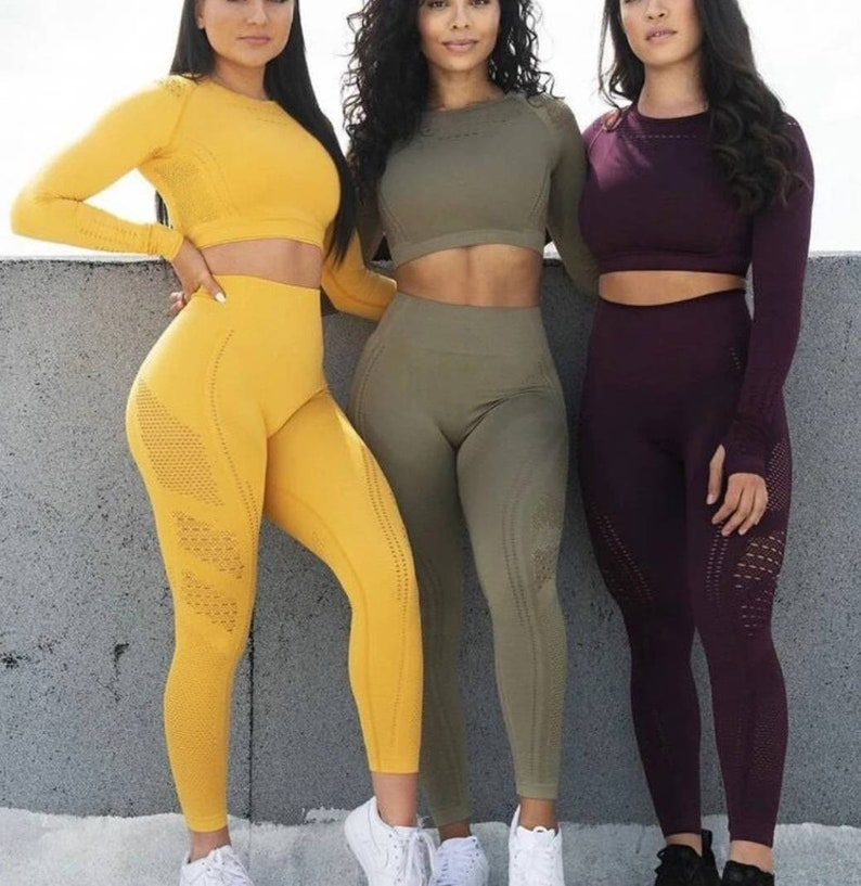 Gym Clothing Tops Leggings Two Piece Workout  Clothing Yoga Leggings Fitness Outfit Breathable Sportwear Leggings for Women