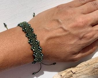 Bracelet waves, macrame bracelet, jewelry hypoallergenic, bracelet olive green, adjustable length, gift for wife