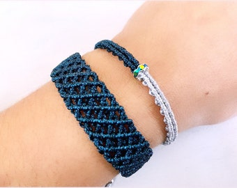 Set of 2 bracelets in blue-black and silver, minimalist macrame bracelet, length adjustable bracelet for women, boho jewelry