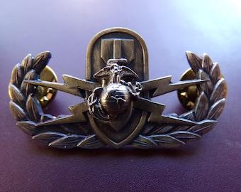Marine Veteran Flag Pin Medal Uniform Hat Jacket Suit Coat Vest Free Shipping