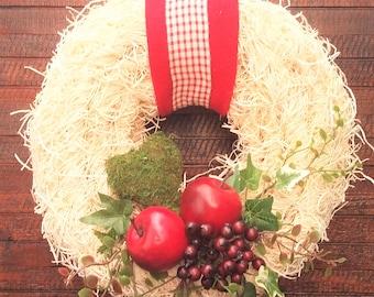 """Door wreath """"White Fluff"""""""