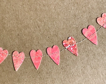 Small declaration of love, mini heart garland for hanging or on a postcard