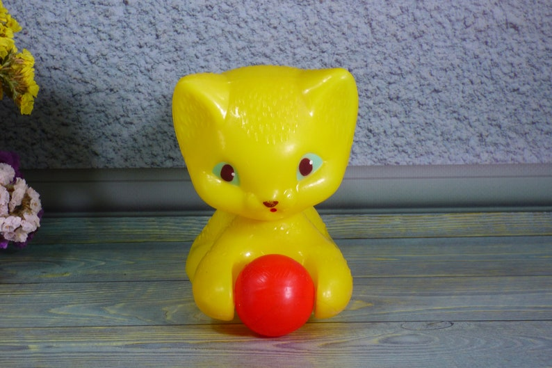 Plastic yellow soviet toy Bright yellow animal figurine Russian plastic toy cat Russian kids toy Vintage toy yellow cat with red ball