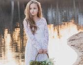 Flower Girl Dresses-Rustic Flower Girl Dress-White Vintage girl dress-Country Dress-Flower girl dress- Lace Dress-Communion Dress-boho dress