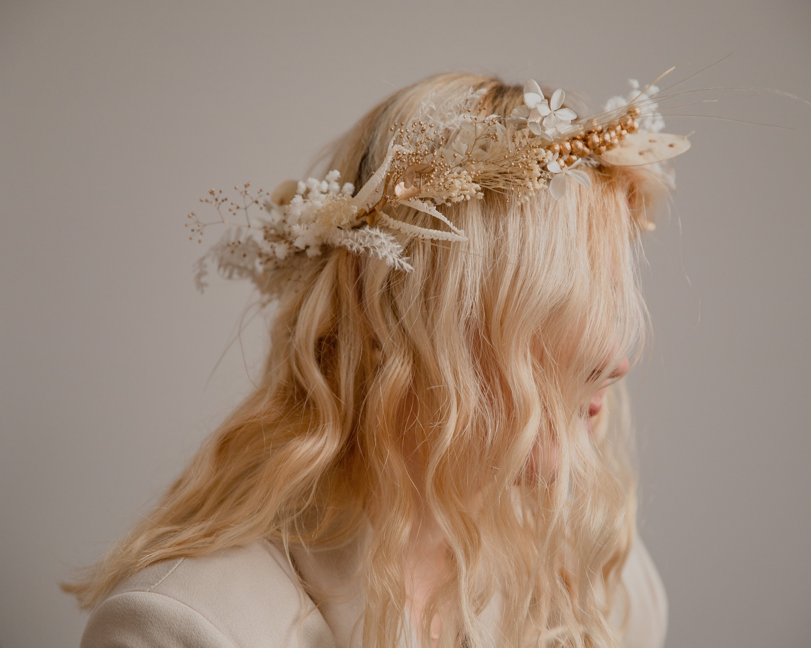 Wedding Hair Accessories Ideas for Boho Chic Brides, Golden Berries and Preserved Lunaria Pampas Grass Bridal Crown