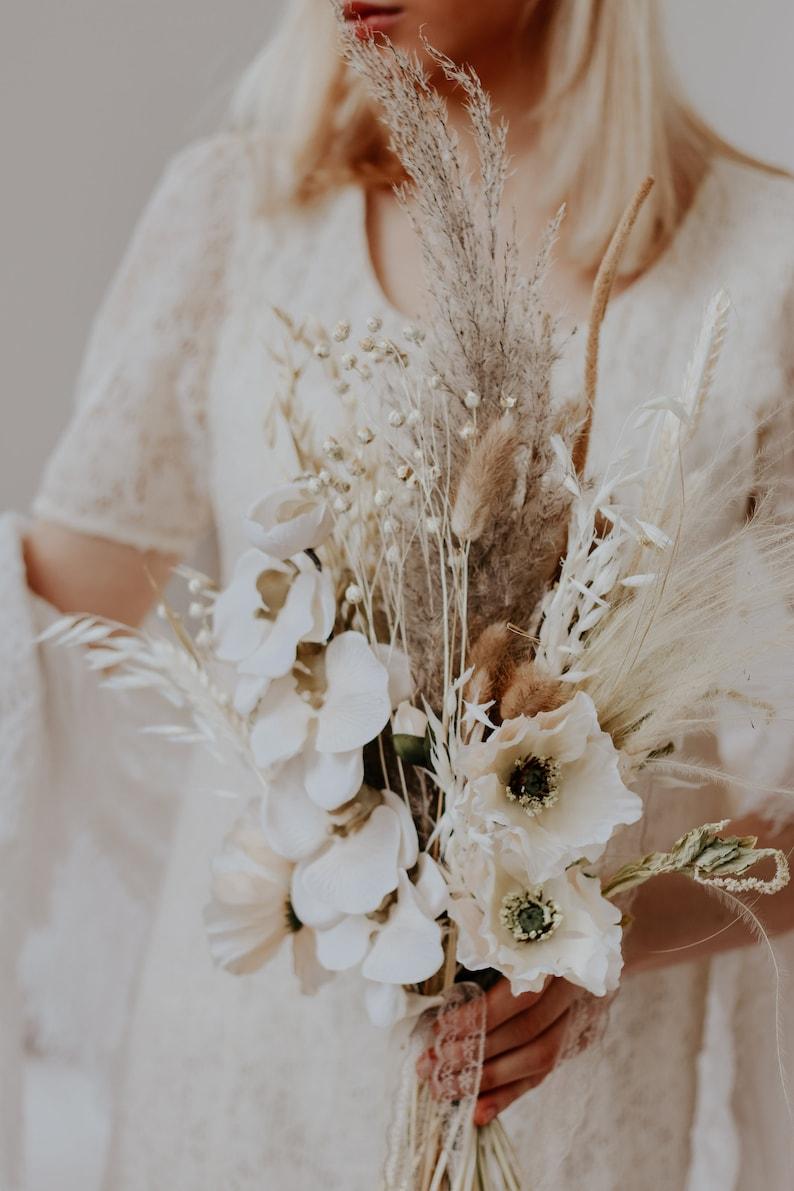 Brautstrauß getrocknete Blumen Pampasgras