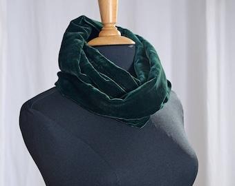 Silk velvet loop scarf forest green