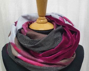 Cotton silk velvet loop scark pink-brown with glitter