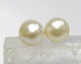 Sterling Silver Freshwater Button Pearl Earrings