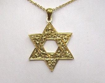 18K Yellow Gold Star of David Pendant
