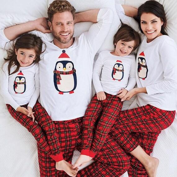 Christmas Family Pajama Set Family Pajama set Penguing  055195bf6
