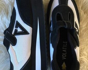 22c00af43c Very Volatile black and white 90s platform sneaker