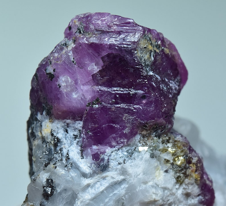 Natural Ruby Crystal Specimen Combined With Pyrite /& Mica on Matrix 29 Gram