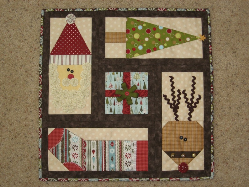 Country christmas quilt pattern table top quilt wall etsy
