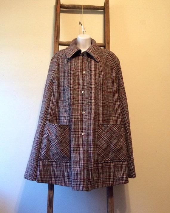Wool Tweed Reversible Cape/vintage 70s ladies wool