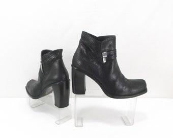 7ce54baca46 CESARE PACIOTTI snake skin ankle boots size us8 eu38 uk5