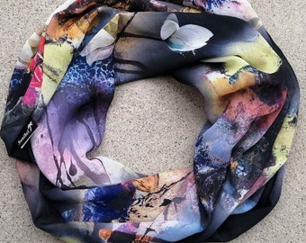Ultra soft Infinity scarf, double wrap, 4 seasons, light, high quality fabric, so easy to wear, stylish, idée cadeau., made in Montreal