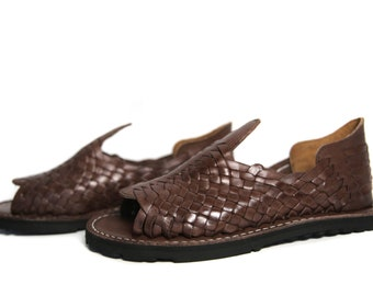 0141d722457 GRUESO Men s Mexican Huarache Sandals - BROWN - All Sizes Handwoven Leather  Authentic Huaraches Sandals Handmade PREMIUM Quality Soft