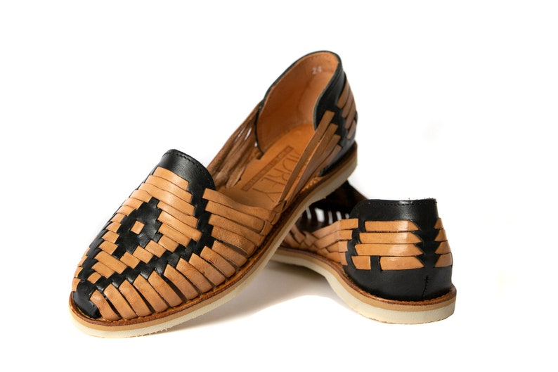 f7a0aae16904 Women s Mexican Sandals Huarache Catrina Style BLACK TAN