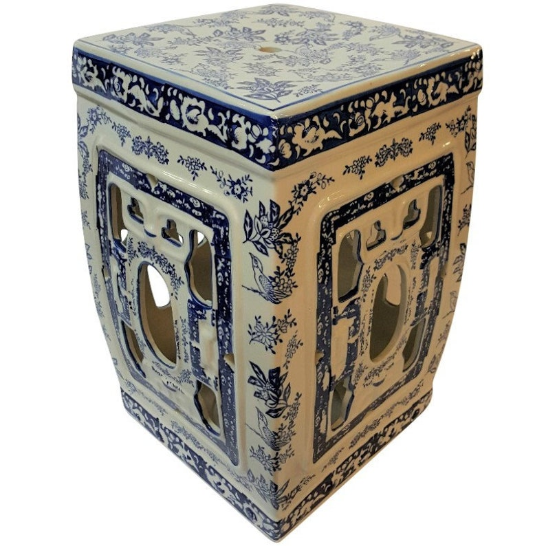 Pleasing 18H Oriental Porcelain Garden Stool With Blue And White Chrysanthemums Ibusinesslaw Wood Chair Design Ideas Ibusinesslaworg