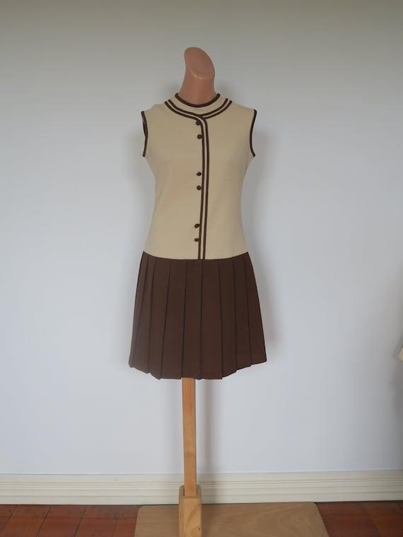 Vintage 1960's Beige and Brown Crimpolene Pleated