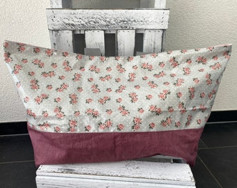 Bath bag with roses