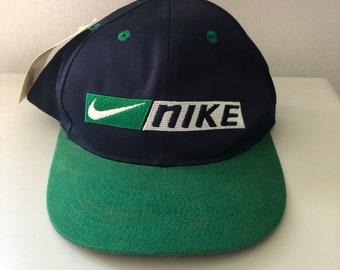 timeless design 6c2ae 44fef Vintage Nike Snapback (size youth)