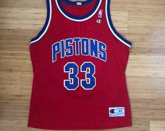 a9faa3c2c3d Vintage Grant Hill Detroit Pistons #33 Champion Jersey (size 44)