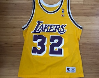 49f292dd8c1 Rare Vintage Magic Johnson Los Angeles Lakers  32 Champion Jersey (size 44)