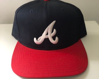 competitive price f6909 1100f Vintage Atlanta Braves Snapback Hat