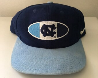 best service 2074f d8061 Vintage 90s Nike North Carolina Tar Heels Snapback Hat
