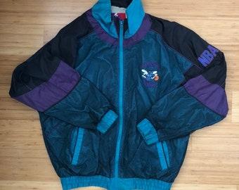 Vintage 90s Charlotte Hornets Pro Player Jacket (size L) 0c0b02ba5