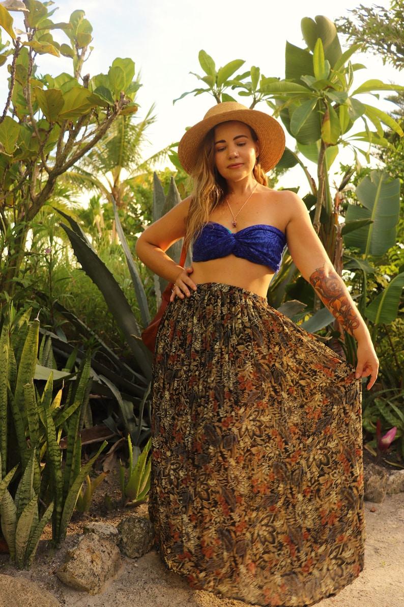 Bohemian Vintage Outfit /& Wire Wrapped Crystal Jewelry Bundle \u2022 Long Gypsy Skirt \u2022 Spiritual Pendant \u2022 Silk Cami \u2022 Vintage Scarf \u2022 Earrings
