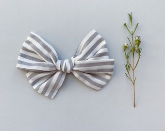 White knot headband  a8d31117dec