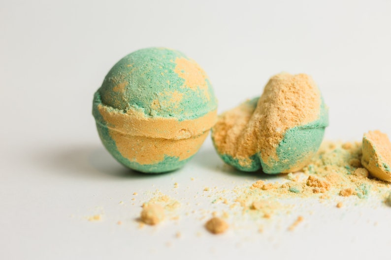 Cucumber Melon Bath Bombs  Gift for Wine Lovers  Organic image 0