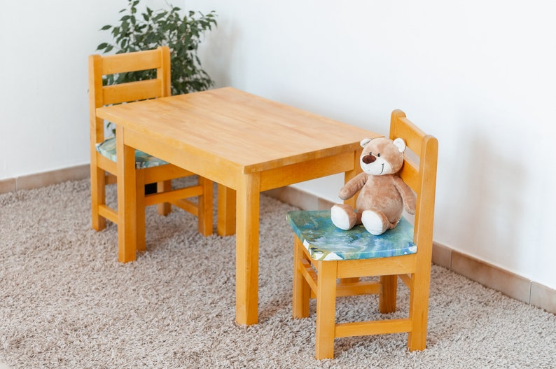 \u0421hildren/'s table and chairs