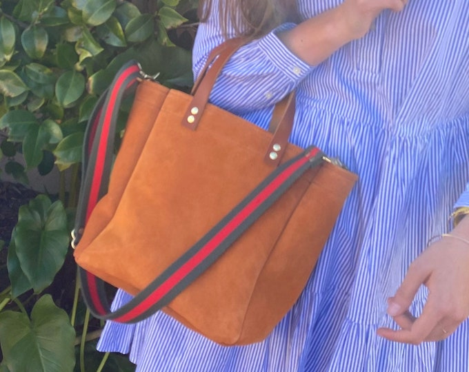 Featured listing image: Kendall Bag Golden Brown  vintage fabric lined hand bag